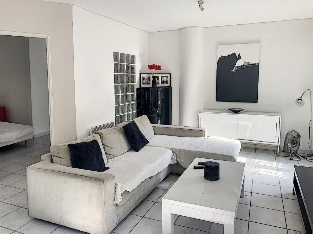 Appartement à vendre 2 44.39m2 à Avignon vignette-2