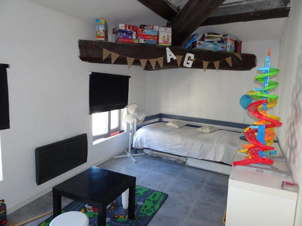 Appartement à vendre 4 81.3m2 à Avignon vignette-4