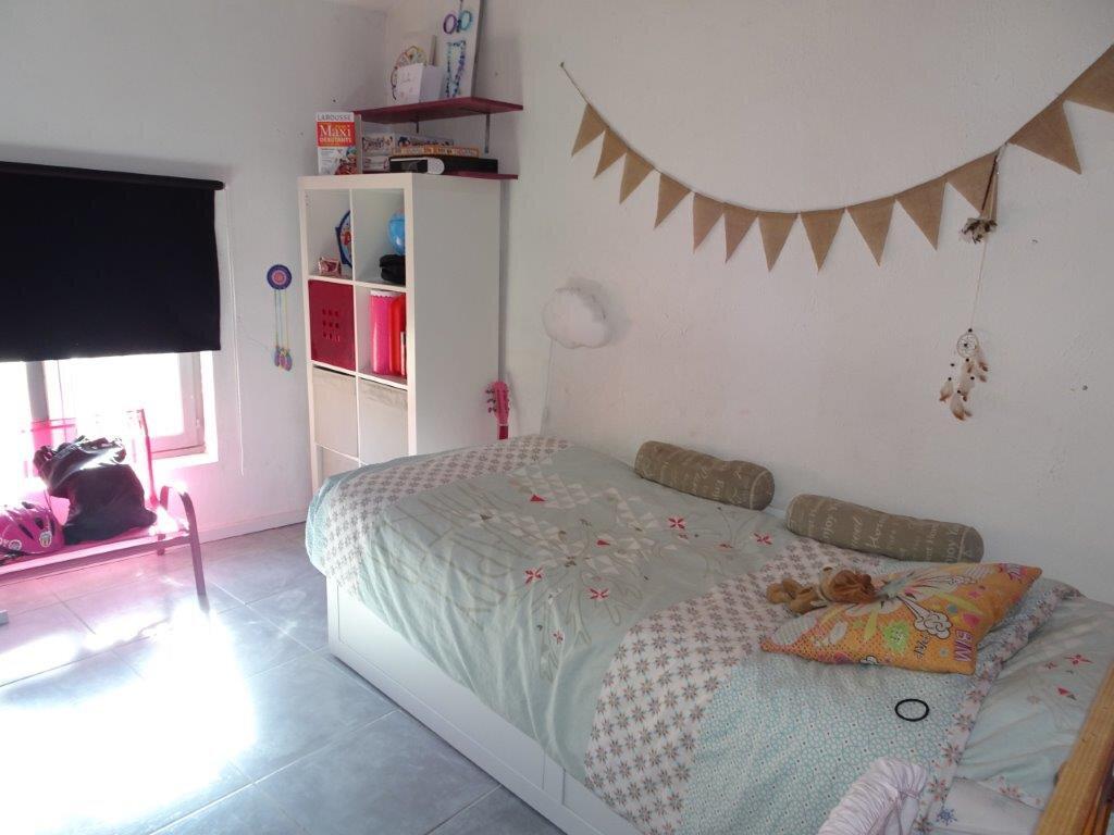 Appartement à vendre 4 81.3m2 à Avignon vignette-5