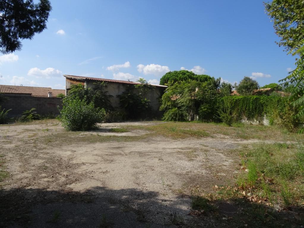 Terrain à vendre 0 602m2 à Avignon vignette-1