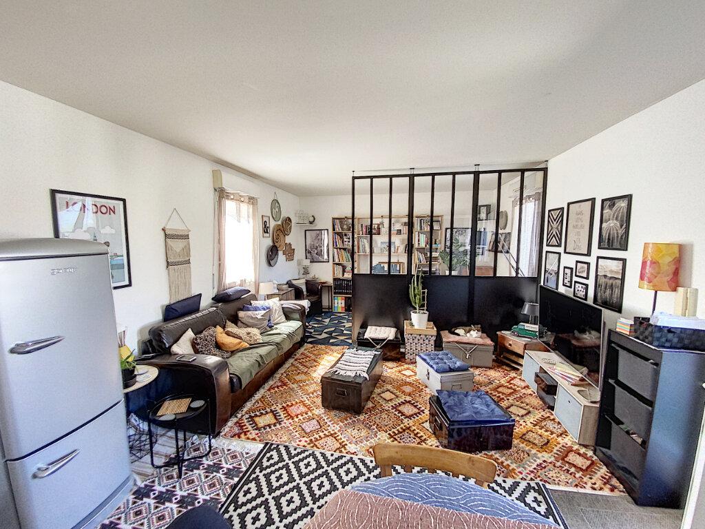 Appartement à vendre 3 66.85m2 à Avignon vignette-6