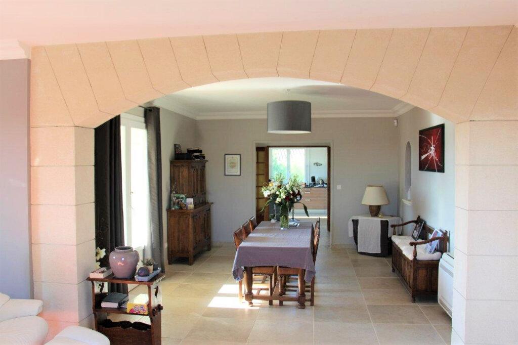 Maison à vendre 10 270m2 à Saint-Geniès-de-Comolas vignette-9