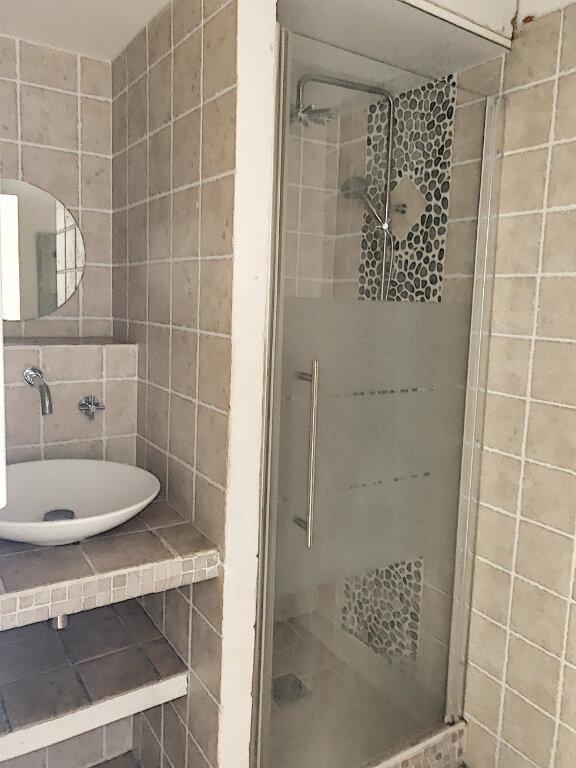 Appartement à vendre 2 65m2 à Avignon vignette-7