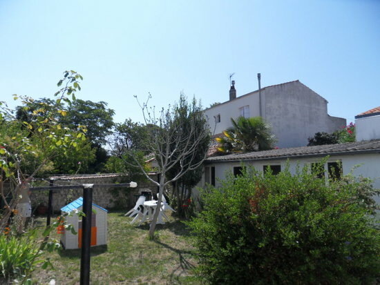 Appartement à louer 4 68.91m2 à La Rochelle vignette-2