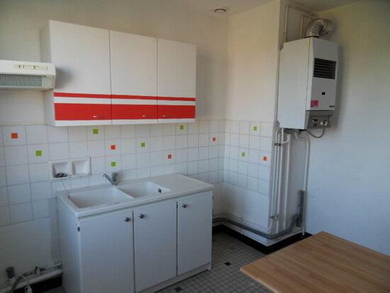 Appartement à louer 4 68.91m2 à La Rochelle vignette-3