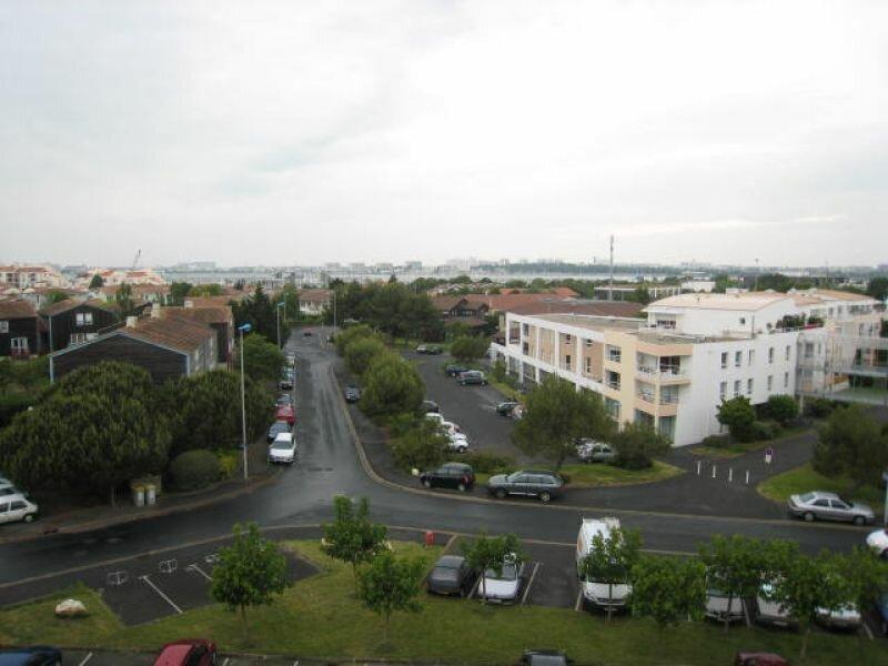 Appartement à louer 3 83.2m2 à La Rochelle vignette-9