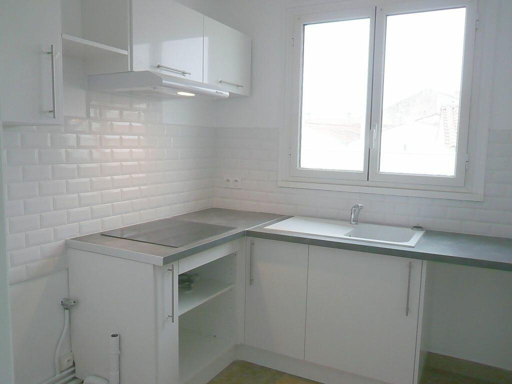 Appartement à louer 4 81.05m2 à Angoulins vignette-3