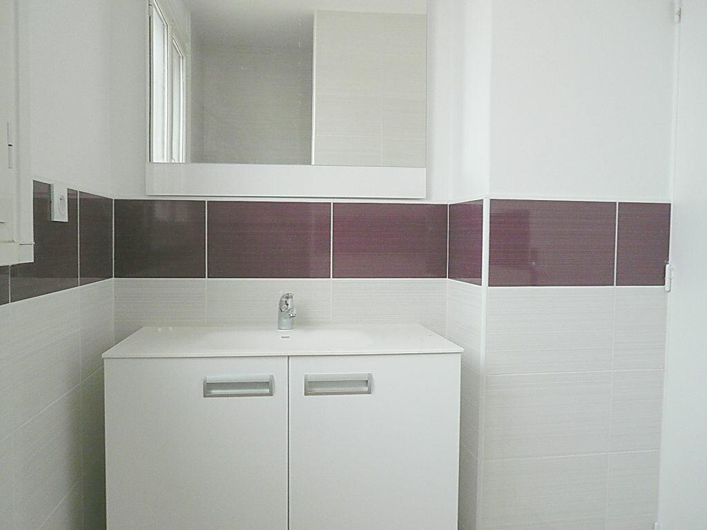 Appartement à louer 4 81.05m2 à Angoulins vignette-6