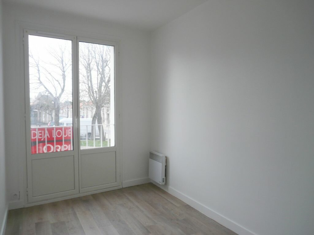 Appartement à louer 4 81.05m2 à Angoulins vignette-12