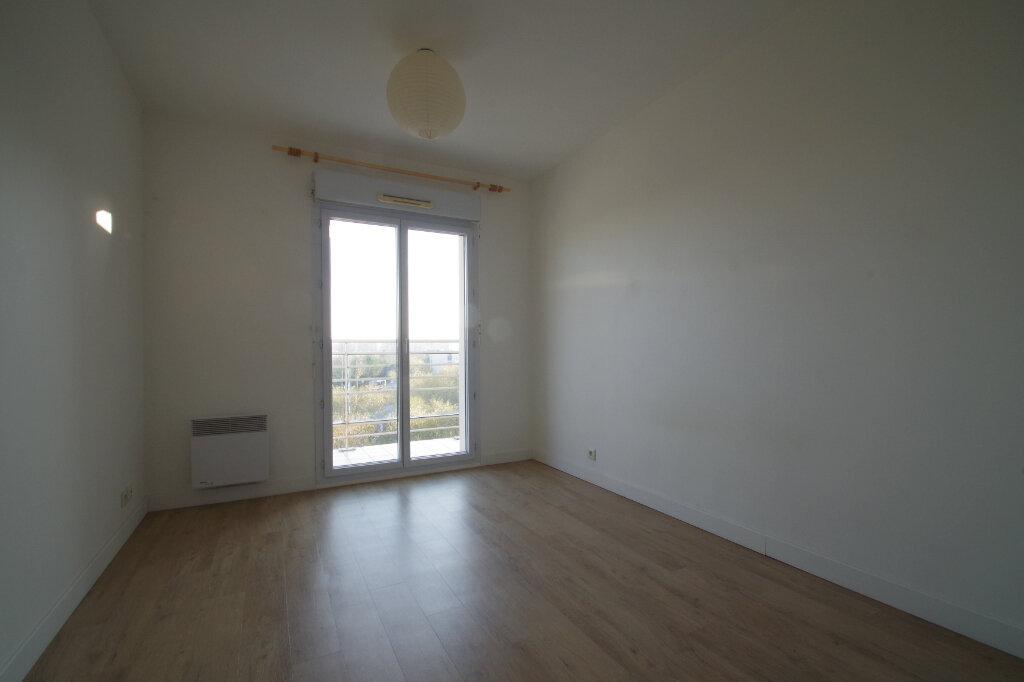 Appartement à louer 2 46.01m2 à La Rochelle vignette-6