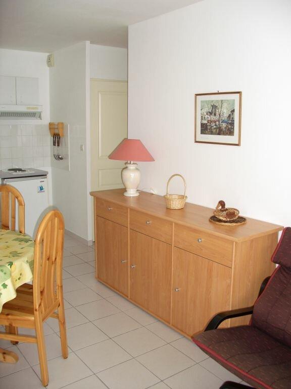 Appartement à louer 2 39.2m2 à La Rochelle vignette-6