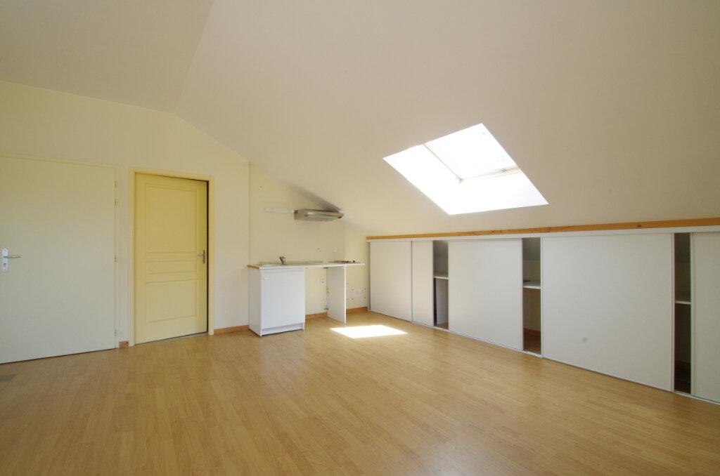 Appartement à louer 2 34.81m2 à La Rochelle vignette-1