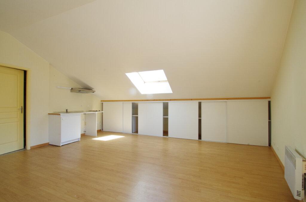 Appartement à louer 2 34.81m2 à La Rochelle vignette-3