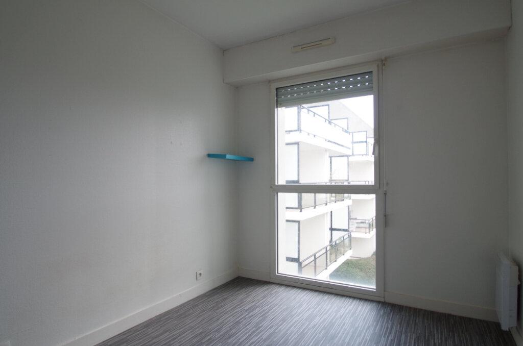 Appartement à louer 2 35.55m2 à La Rochelle vignette-8