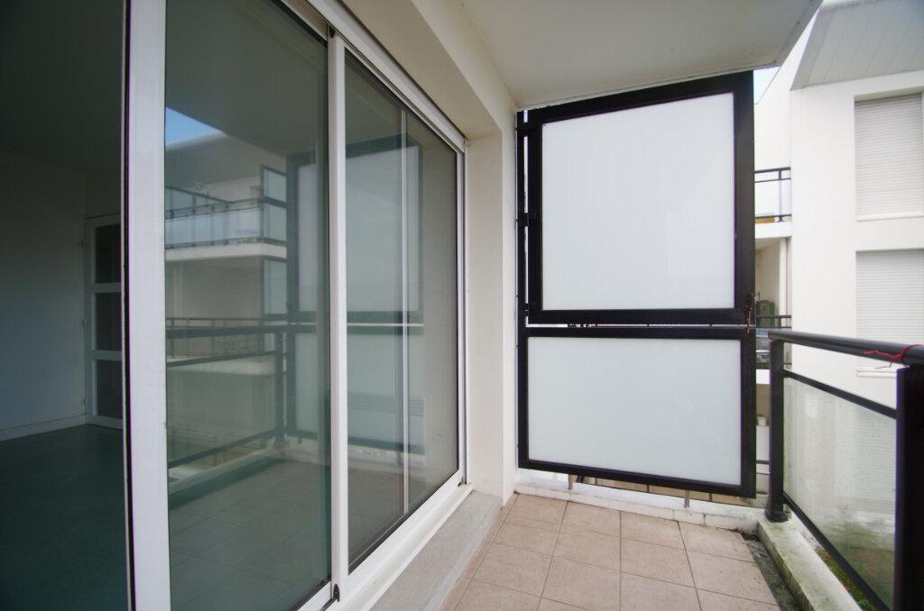 Appartement à louer 2 35.55m2 à La Rochelle vignette-9