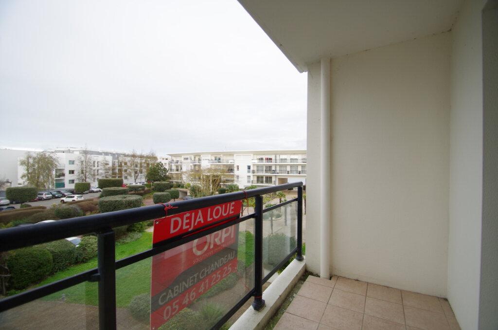 Appartement à louer 2 35.55m2 à La Rochelle vignette-10