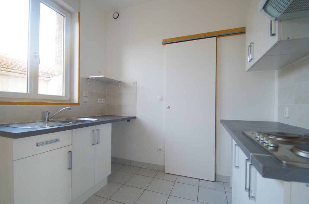 Appartement à louer 2 34.65m2 à La Rochelle vignette-5