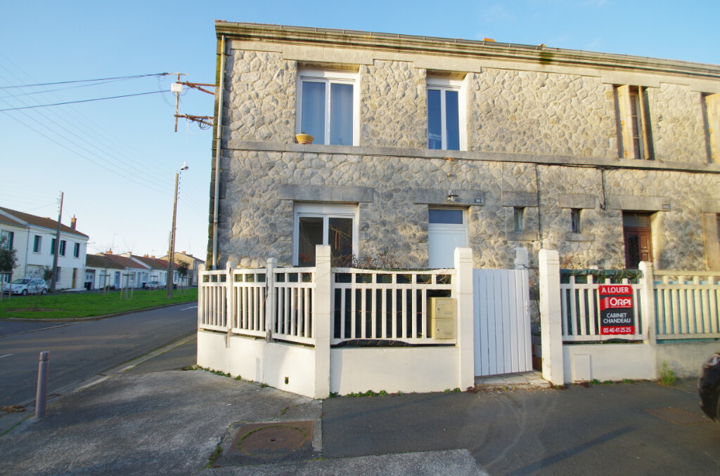 Appartement à louer 2 34.65m2 à La Rochelle vignette-10