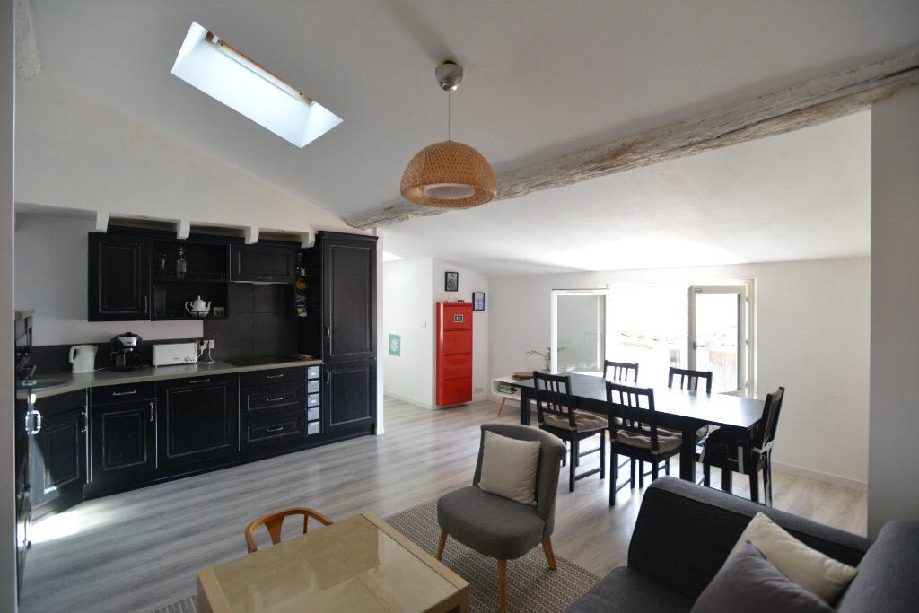 Appartement à vendre 4 73.26m2 à La Rochelle vignette-1