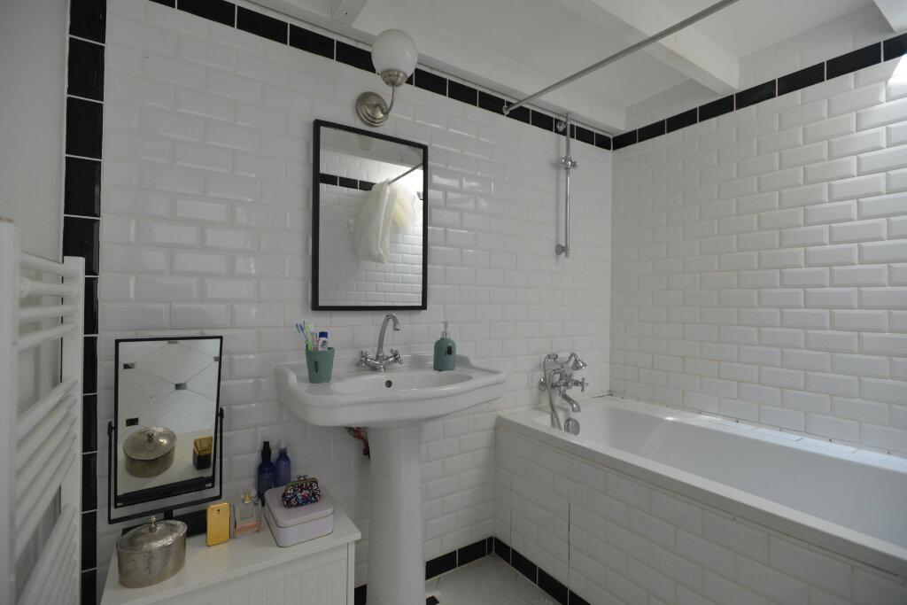Appartement à vendre 4 73.26m2 à La Rochelle vignette-7