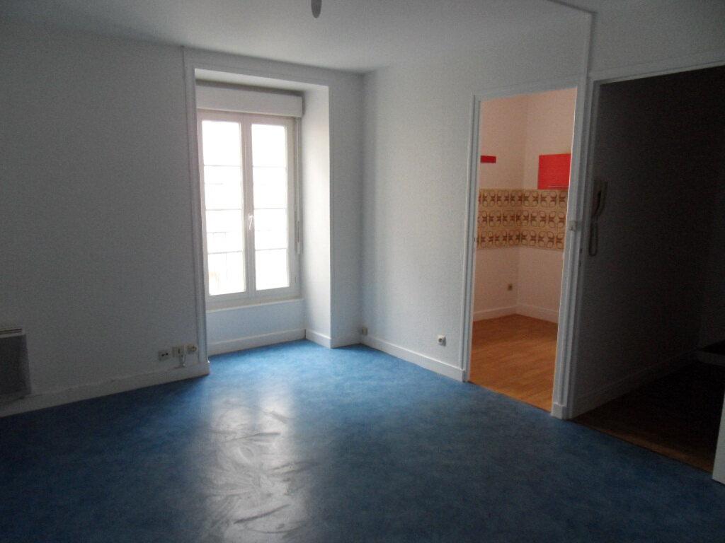 Appartement à vendre 3 66.85m2 à La Rochelle vignette-2