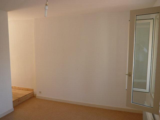 Appartement à louer 2 54.6m2 à La Rochelle vignette-4