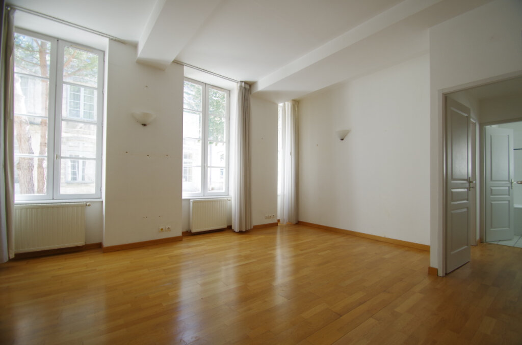 Appartement à louer 2 41.07m2 à La Rochelle vignette-2