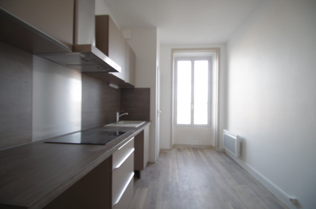 Appartement à louer 2 51.09m2 à La Rochelle vignette-2