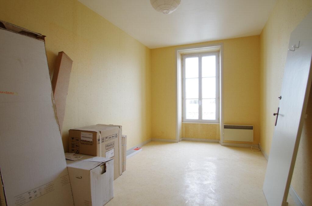 Appartement à louer 2 51.09m2 à La Rochelle vignette-3