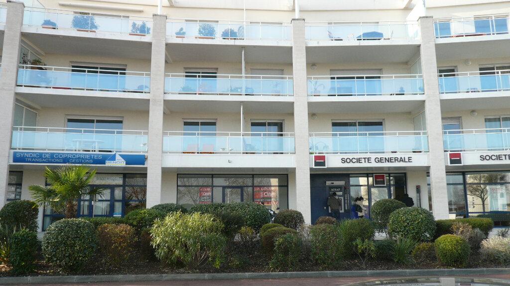 Stationnement à louer 0 14.25m2 à La Rochelle vignette-1