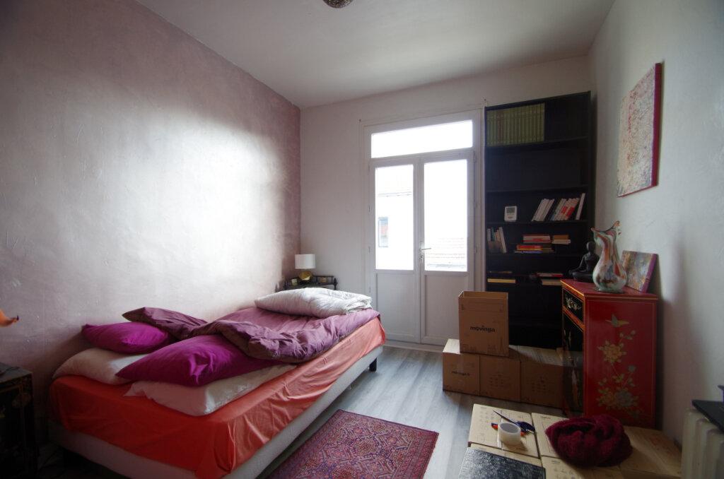 Maison à louer 3 65.75m2 à La Rochelle vignette-6
