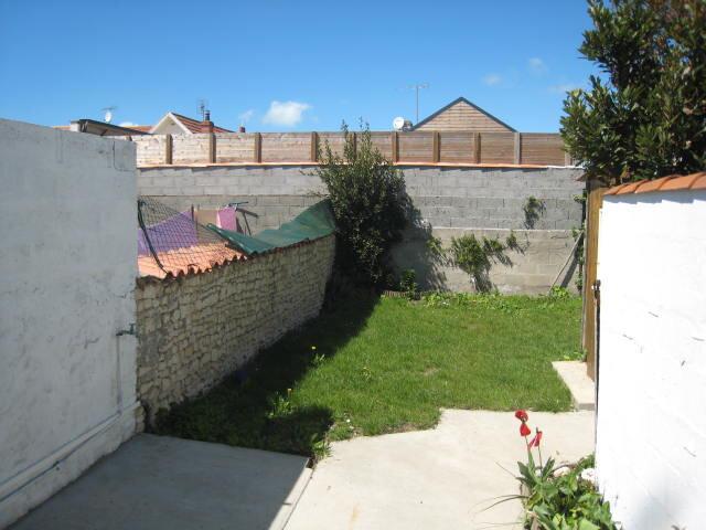 Maison à louer 3 65.75m2 à La Rochelle vignette-8