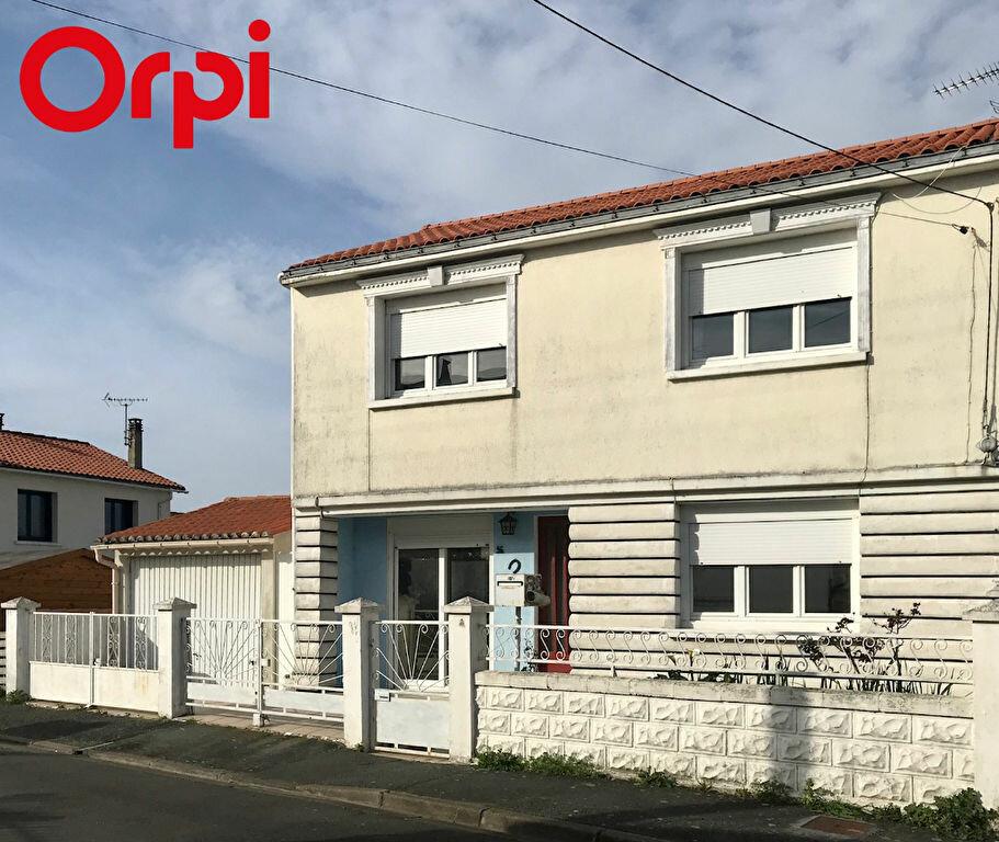 Maison à vendre 4 85m2 à La Rochelle vignette-1