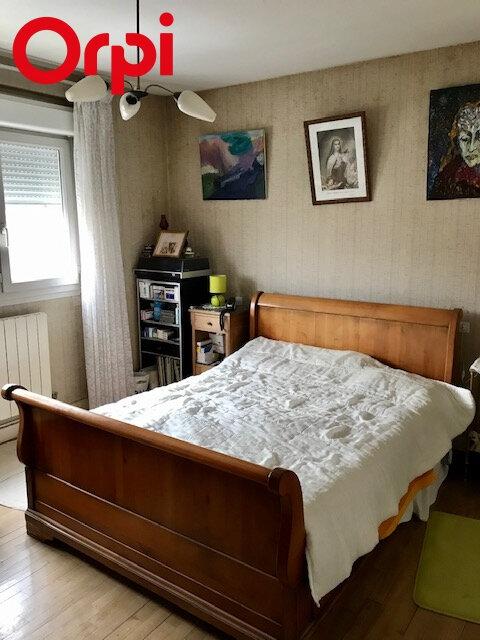 Maison à vendre 4 85m2 à La Rochelle vignette-3