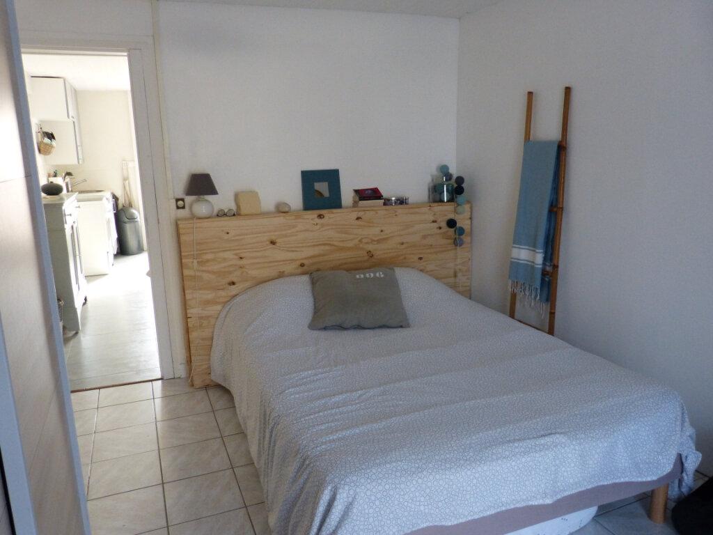Appartement à vendre 2 29m2 à Le Bois-Plage-en-Ré vignette-3