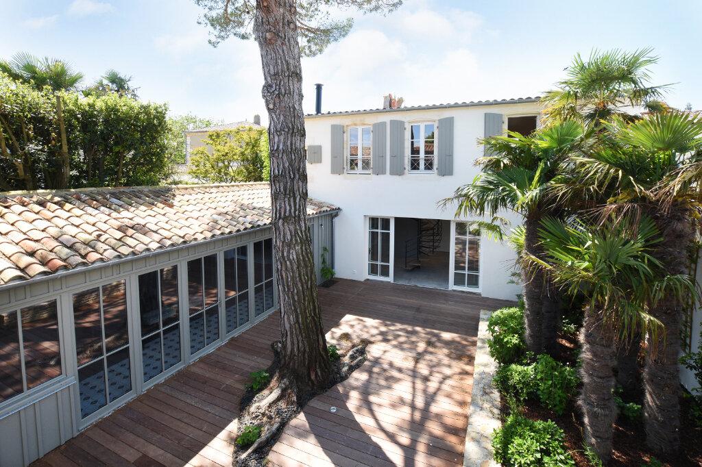 Maison à vendre 5 160m2 à Saint-Martin-de-Ré vignette-1