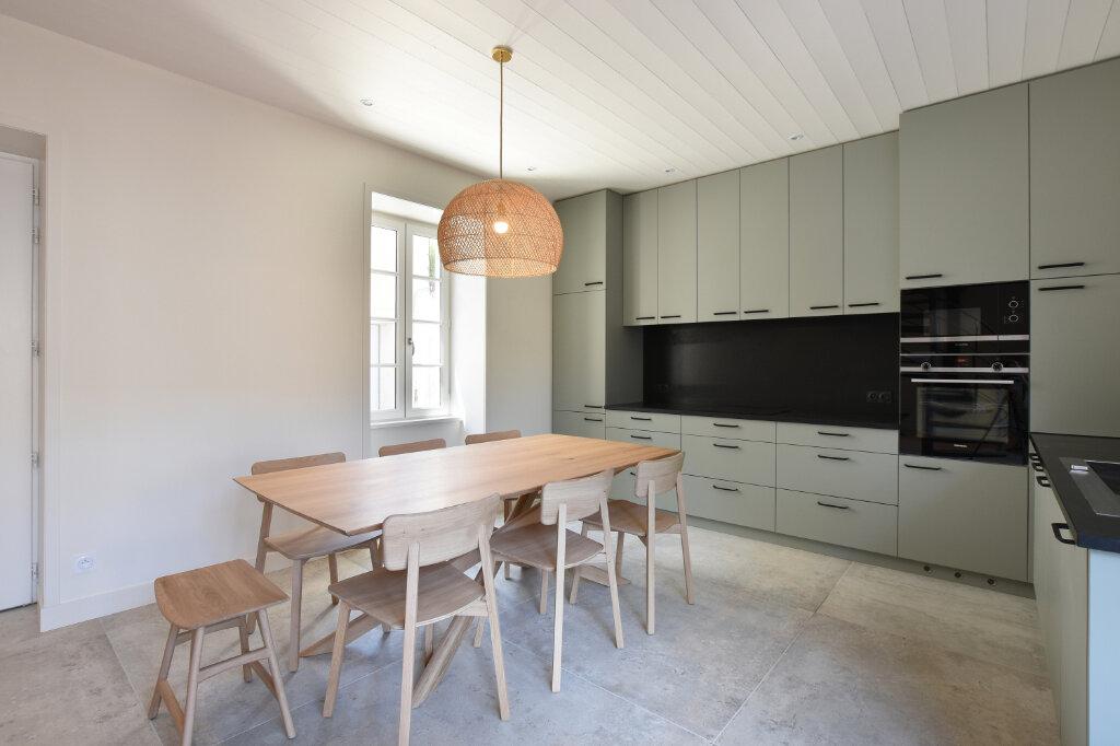 Maison à vendre 5 160m2 à Saint-Martin-de-Ré vignette-3