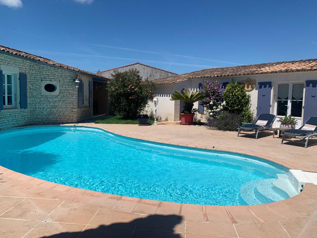 Maison à vendre 8 215m2 à Le Bois-Plage-en-Ré vignette-1