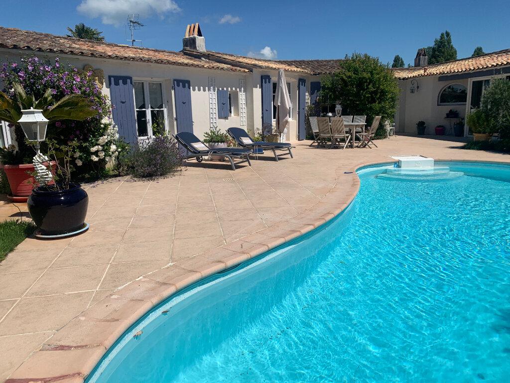 Maison à vendre 8 215m2 à Le Bois-Plage-en-Ré vignette-3