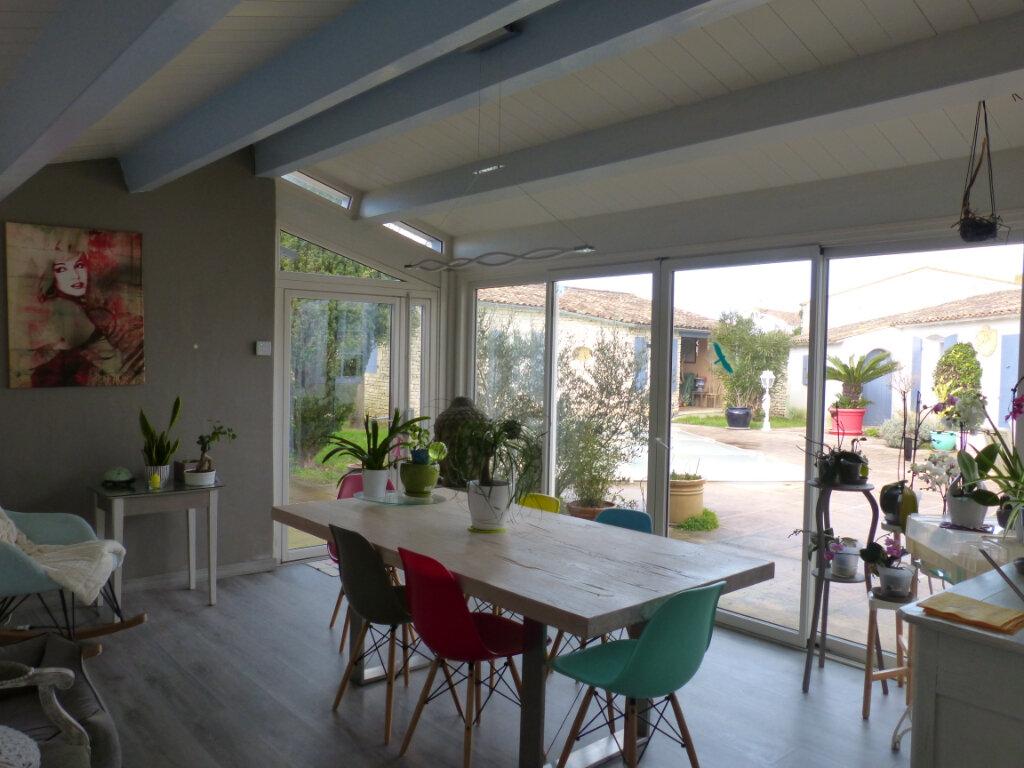 Maison à vendre 8 215m2 à Le Bois-Plage-en-Ré vignette-4