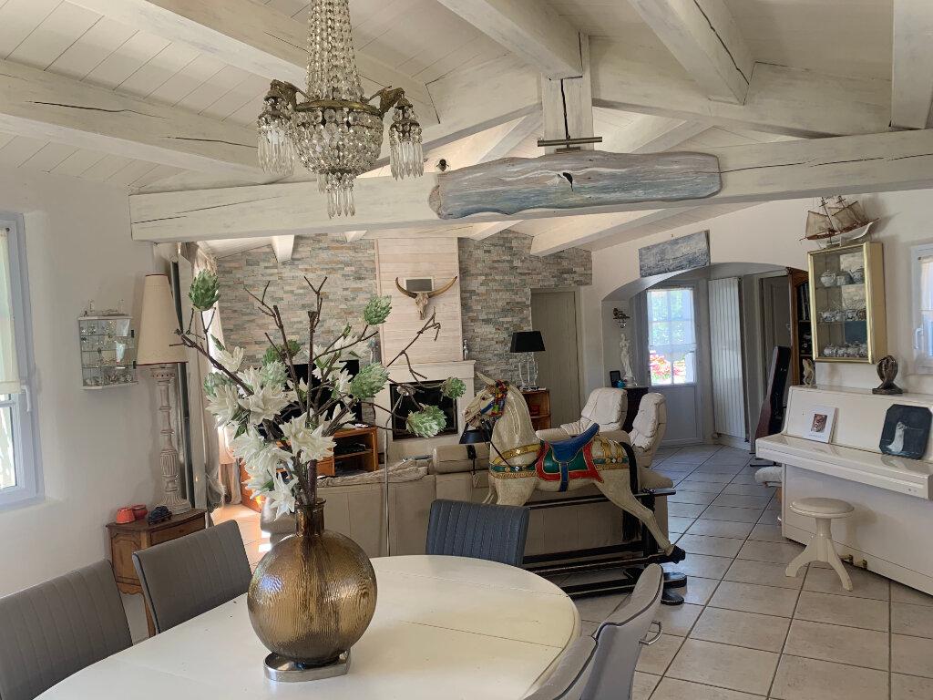 Maison à vendre 8 215m2 à Le Bois-Plage-en-Ré vignette-5