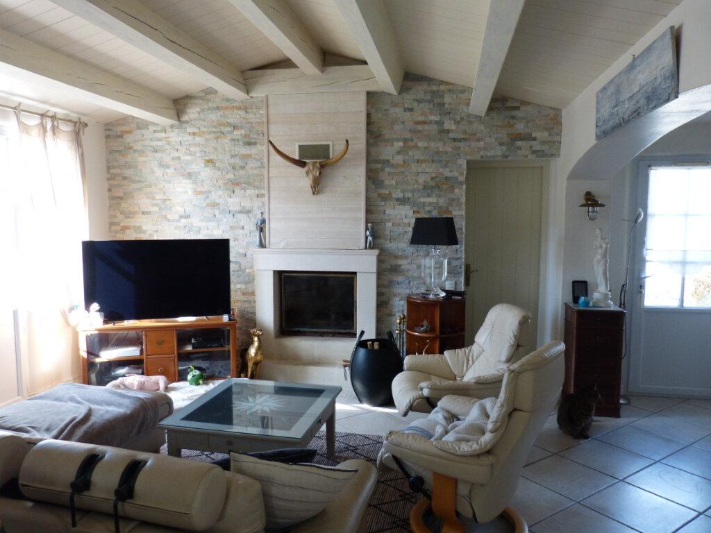 Maison à vendre 8 215m2 à Le Bois-Plage-en-Ré vignette-6