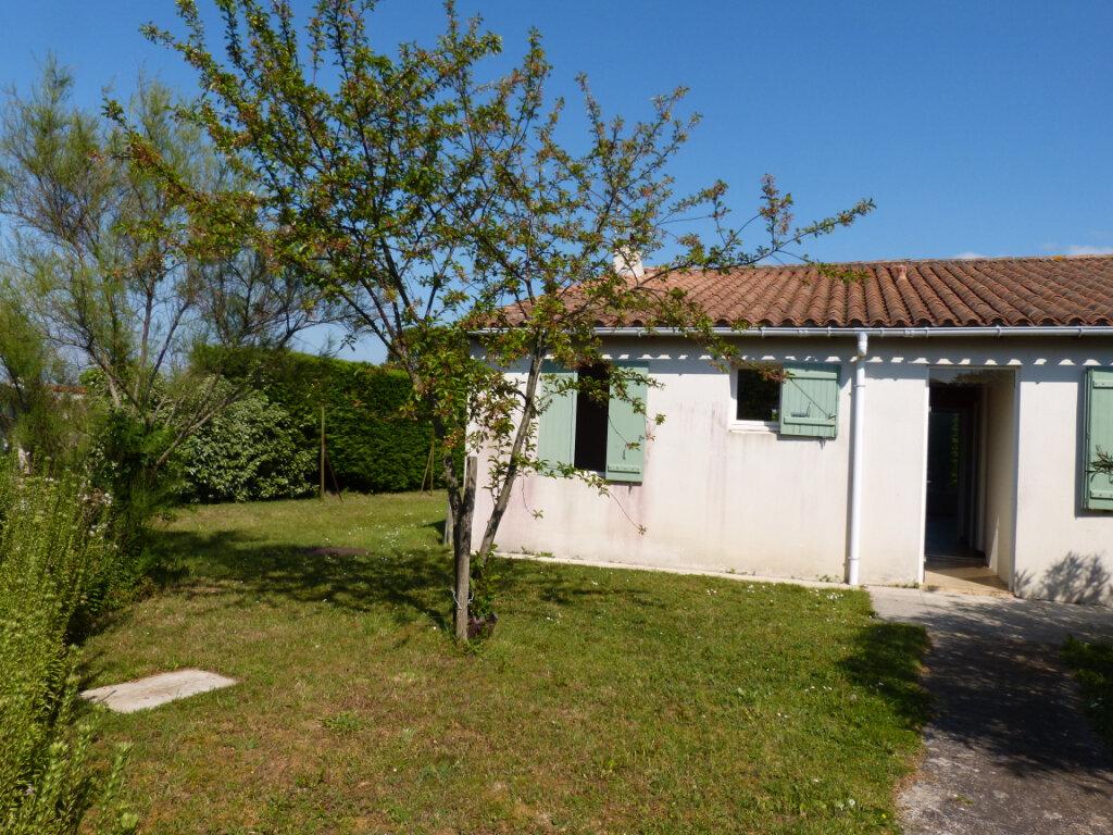 Maison à vendre 4 95m2 à Le Bois-Plage-en-Ré vignette-1
