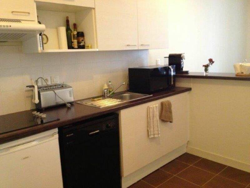 Appartement à louer 2 55.88m2 à La Rochelle vignette-3