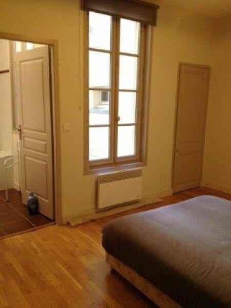 Appartement à louer 2 55.88m2 à La Rochelle vignette-4
