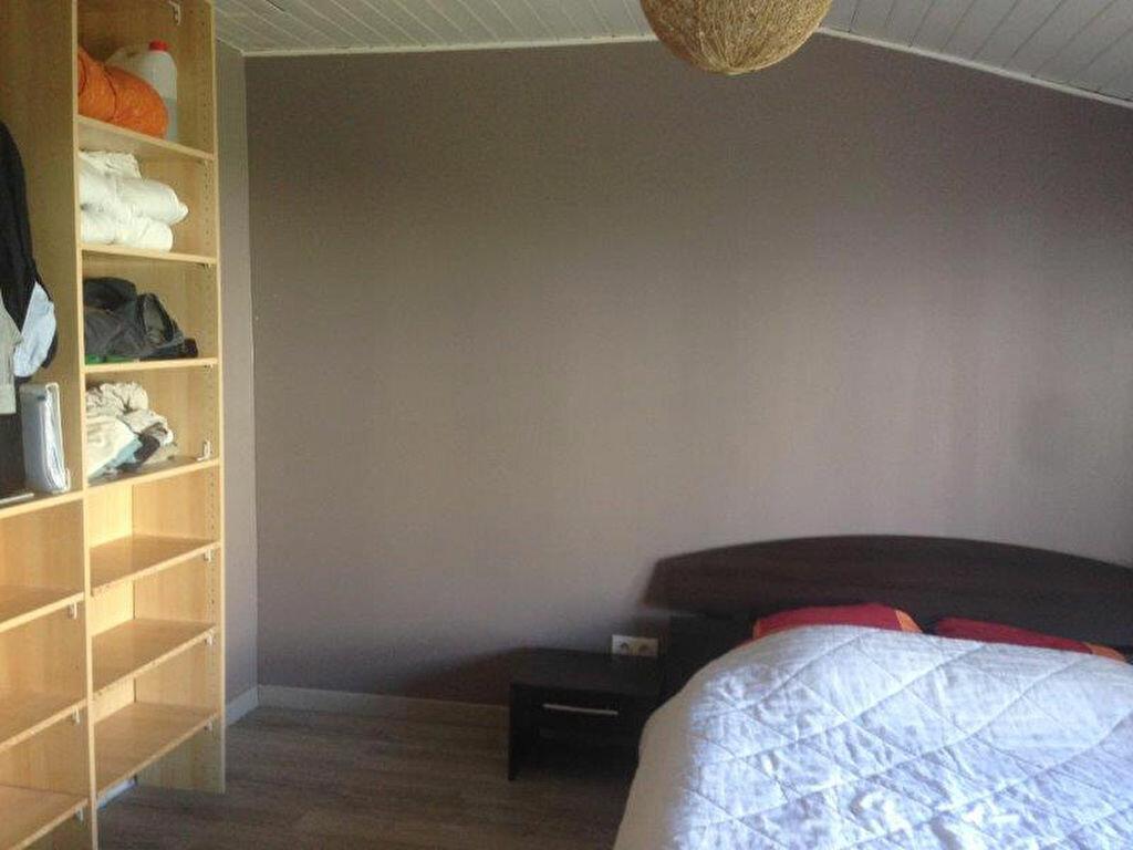 Maison à louer 4 67.88m2 à La Rochelle vignette-4