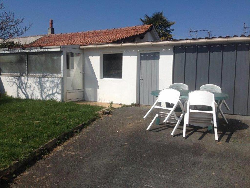 Maison à louer 4 67.88m2 à La Rochelle vignette-7