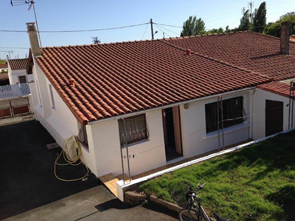 Maison à louer 4 67.88m2 à La Rochelle vignette-8