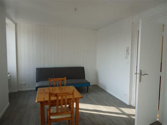 Appartement à louer 1 21m2 à Saint-Martin-de-Ré vignette-4