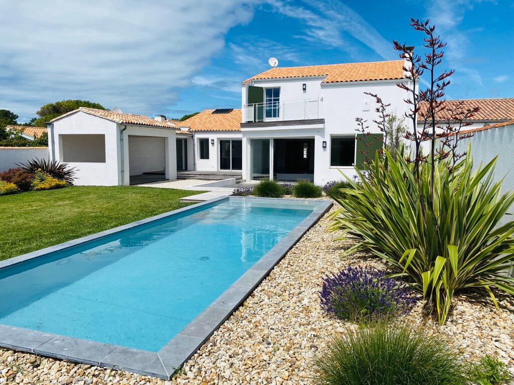 Maison à vendre 8 217m2 à Sainte-Marie-de-Ré vignette-1